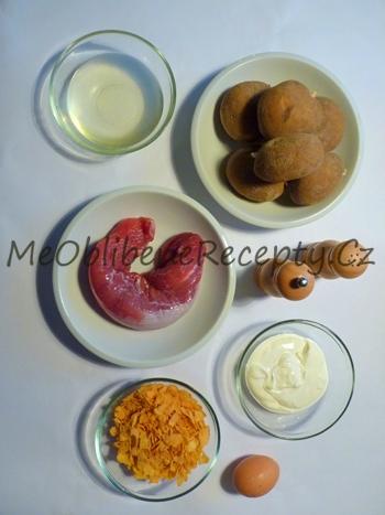 Vepřová panenka smažená v kukuřičných lupíncích s jogurtovými brambory
