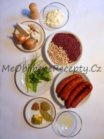 Polévka z fazolí s chorizem
