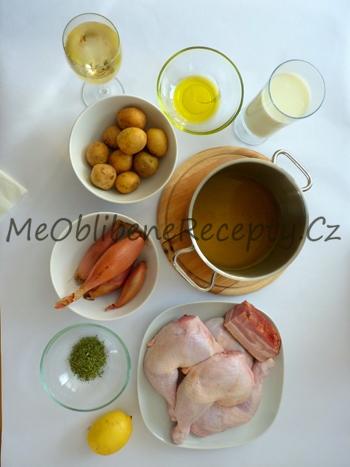 Pomalu pečené kuřecí kousky s brambory a podmáslím