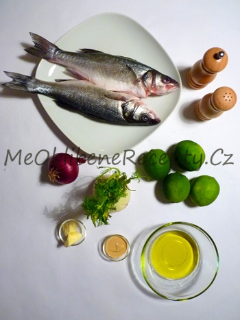 Ryba pečená v alobalu s fenyklem a limetkou