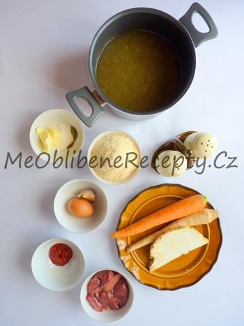 Drůbeží polévka s játrovými knedlíčky