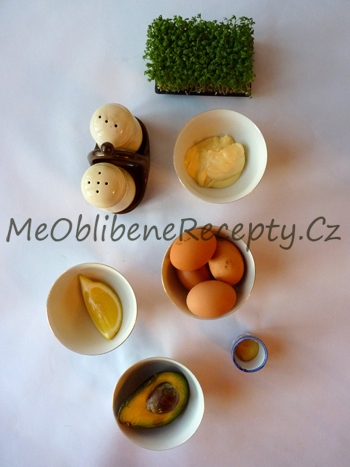 Vaječný salát s avokádem