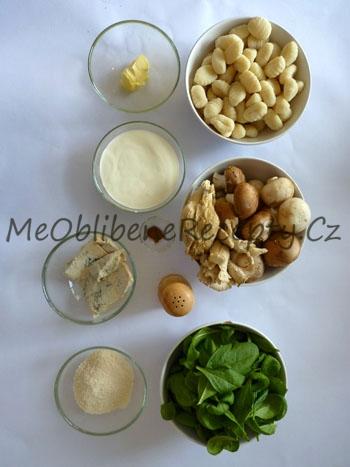 Sýrové gnocchi se špenátem a houbami