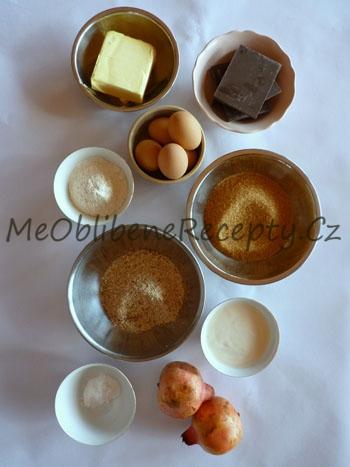 Čokoládový dort s granátovými semínky