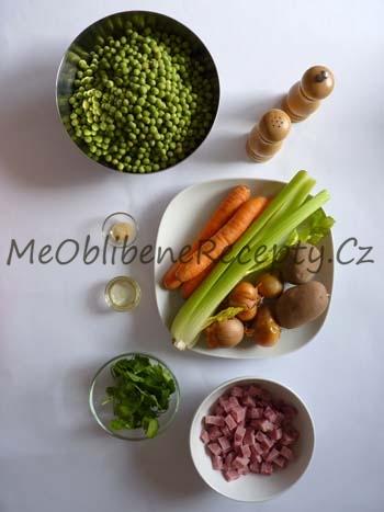 Polévka ze zeleného hrachu se šunkou