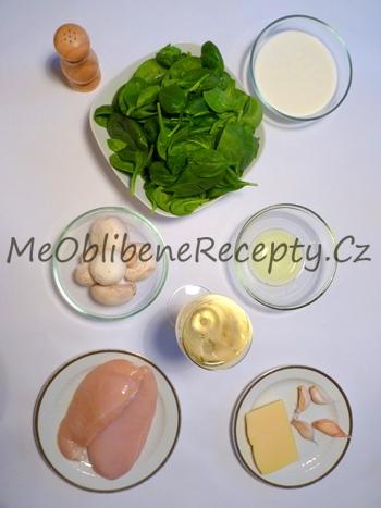 Těstoviny s kuřecím masem, žampiony a špenátem