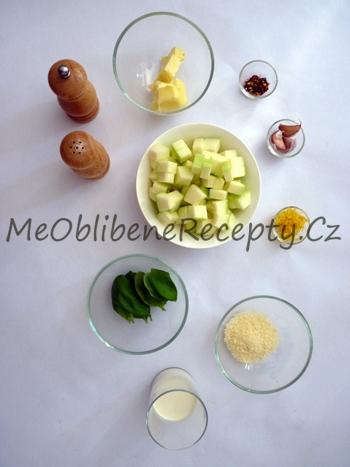 Smetanové těstoviny s cuketou
