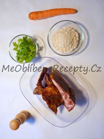 Polévka z uzených žeber s rýží