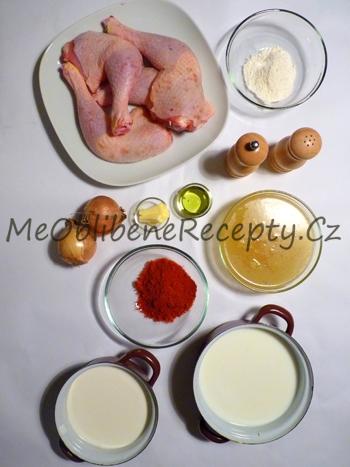 Kuřecí stehna na paprice
