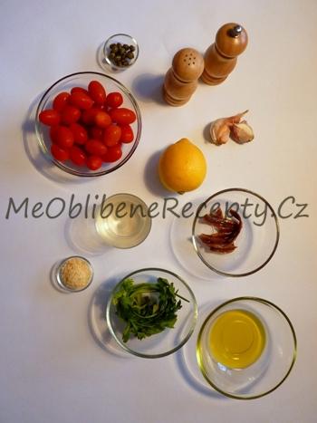 Těstoviny s omáčkou z rajčat